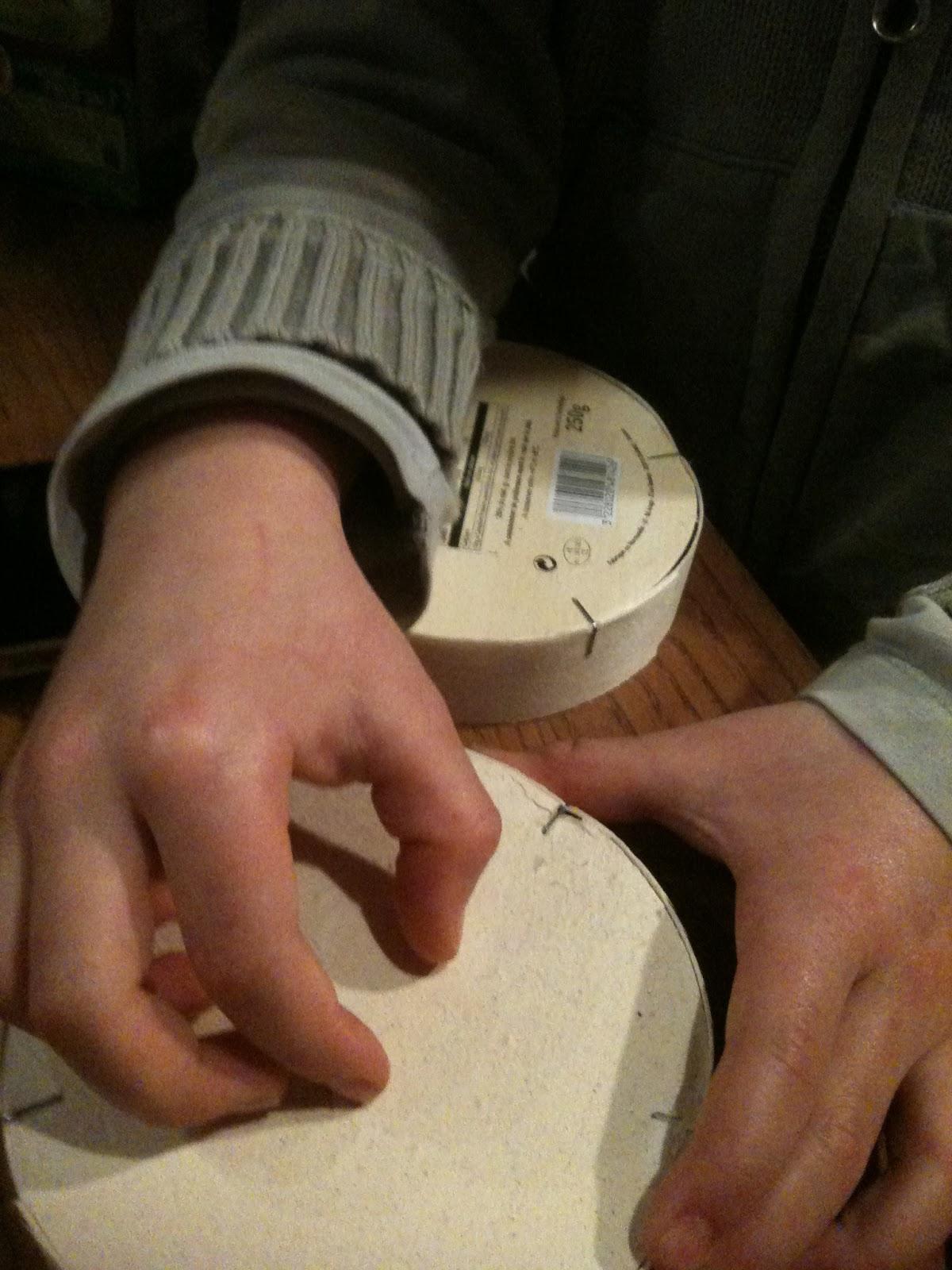 Activités Manuelles Et Sorties: 31/12/12 Fabrication D'une intérieur Coccinelle A Coller