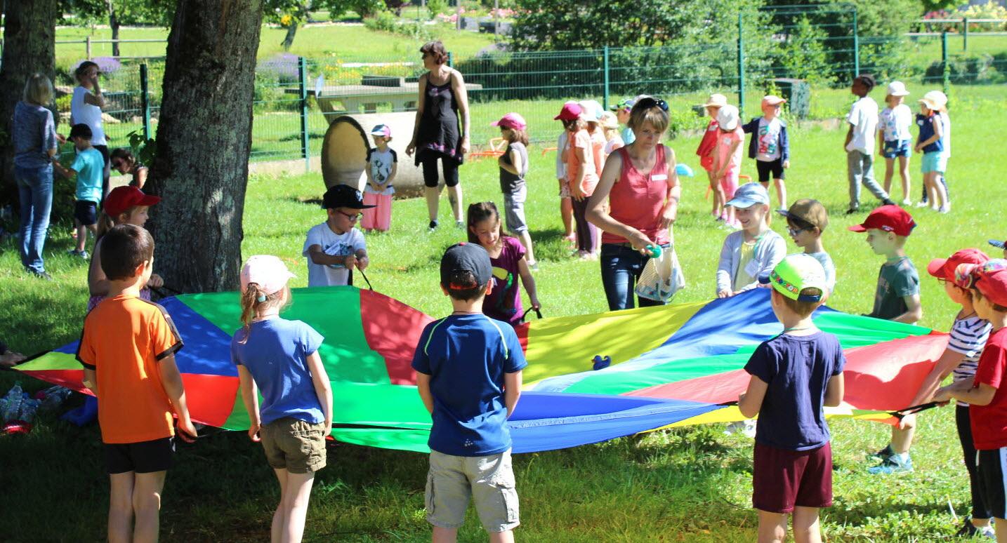Arlay | 220 Enfants De Maternelles Participent Aux Jeux Du Jura avec Jeux Enfant Maternelle