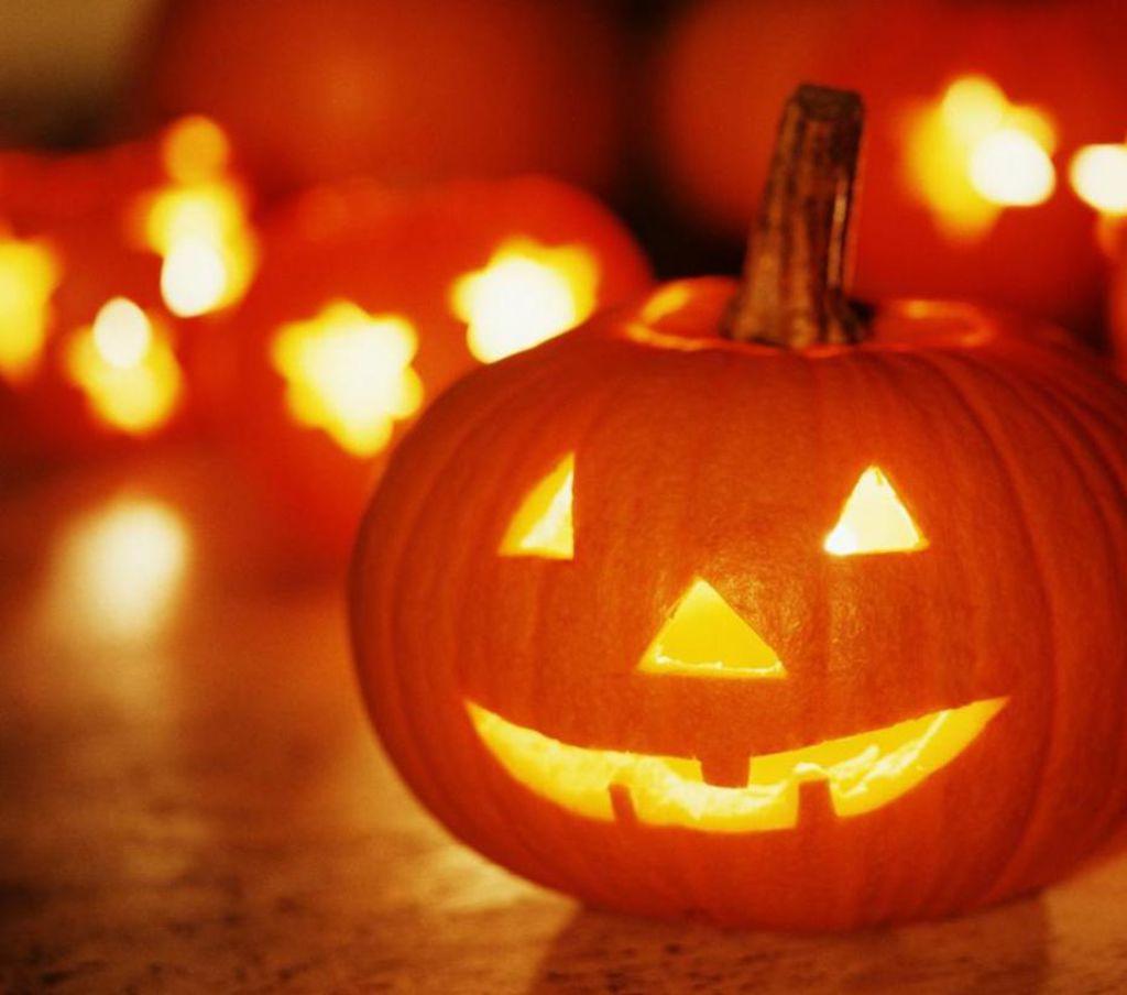 Atelier Déco : Fabriquez Votre Citrouille D'halloween encequiconcerne Photo De Citrouille D Halloween