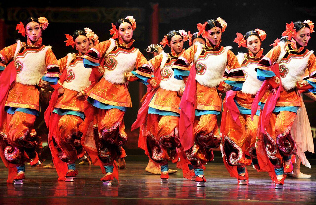 Ballet Chinois | Festival, Festival De Carthage | Kharjet.tn serapportantà Spectacle Danse Chinoise