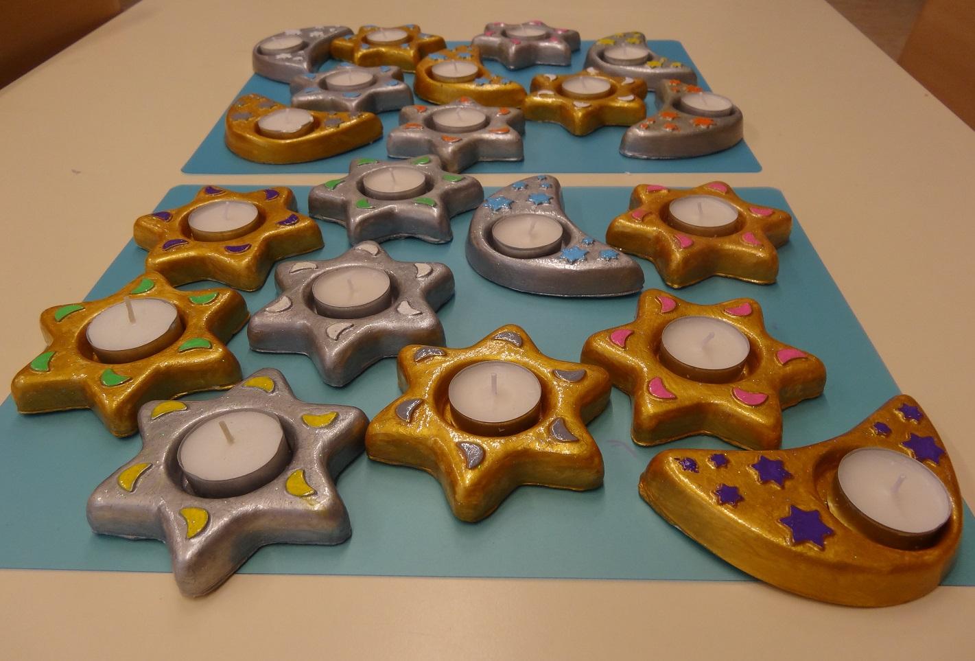 Bricolage Noël : Bougeoirs Étoiles Et Lunes En Plâtre dedans Bricolage Cp Noel