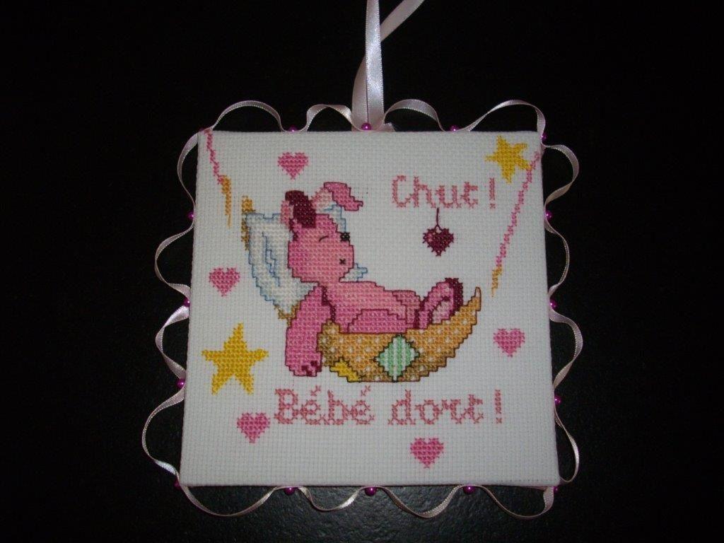 Chut Bébé Dort ! - Le Blog De Mamou pour Image Chut Bébé Dort
