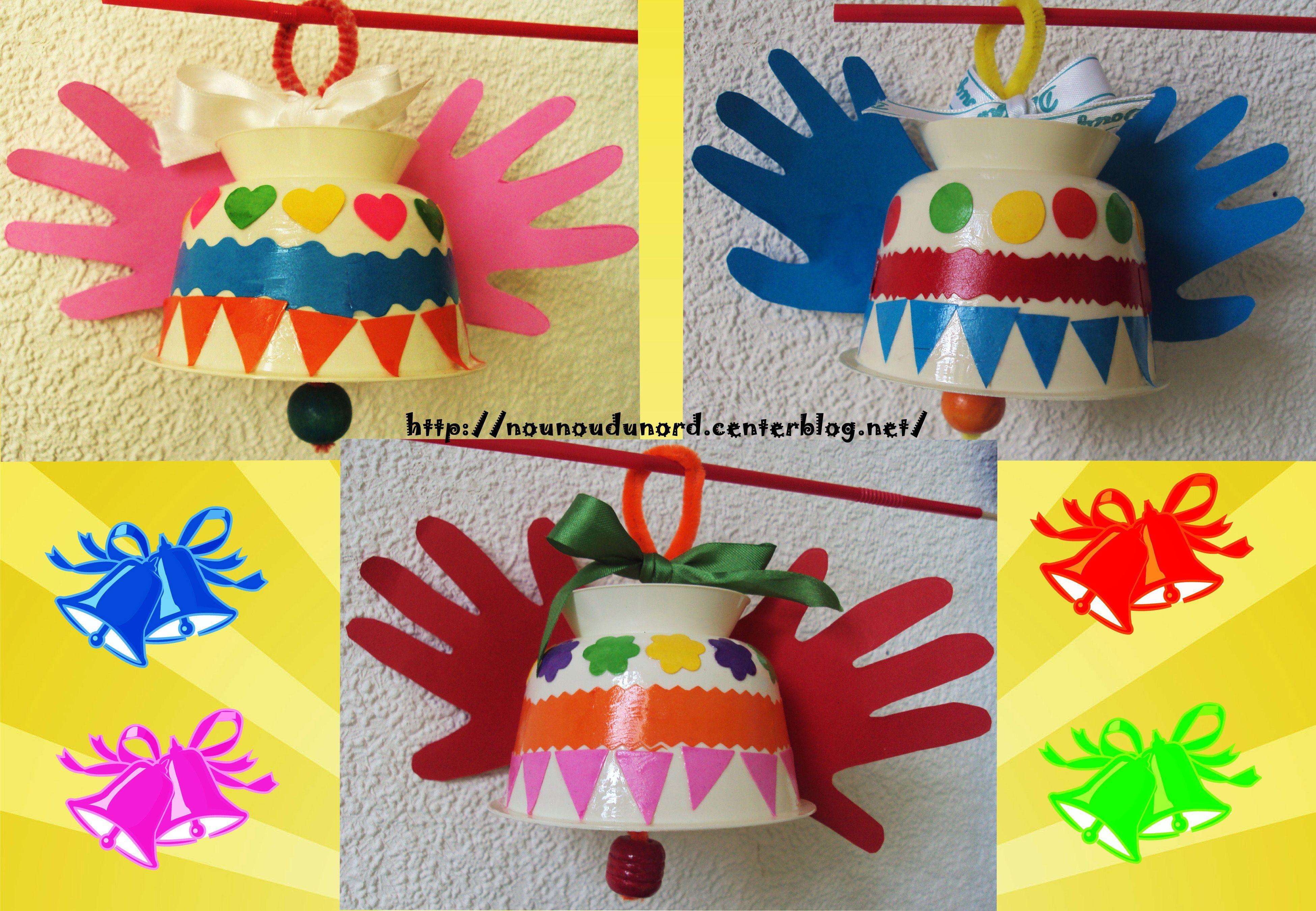 Cloches De Pâques Avec Empreintes De Mains Des Bébés *2011* tout Bricolage Pour Paques Maternelle