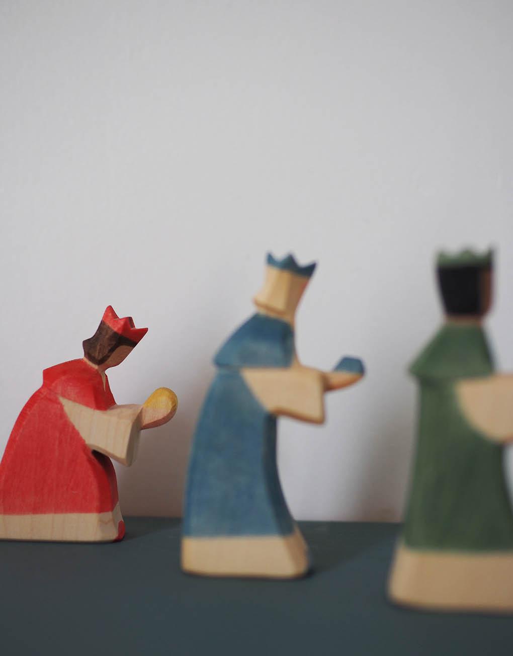 Coffret 3 Mini Rois Mages En Bois tout 3 Roi Mage