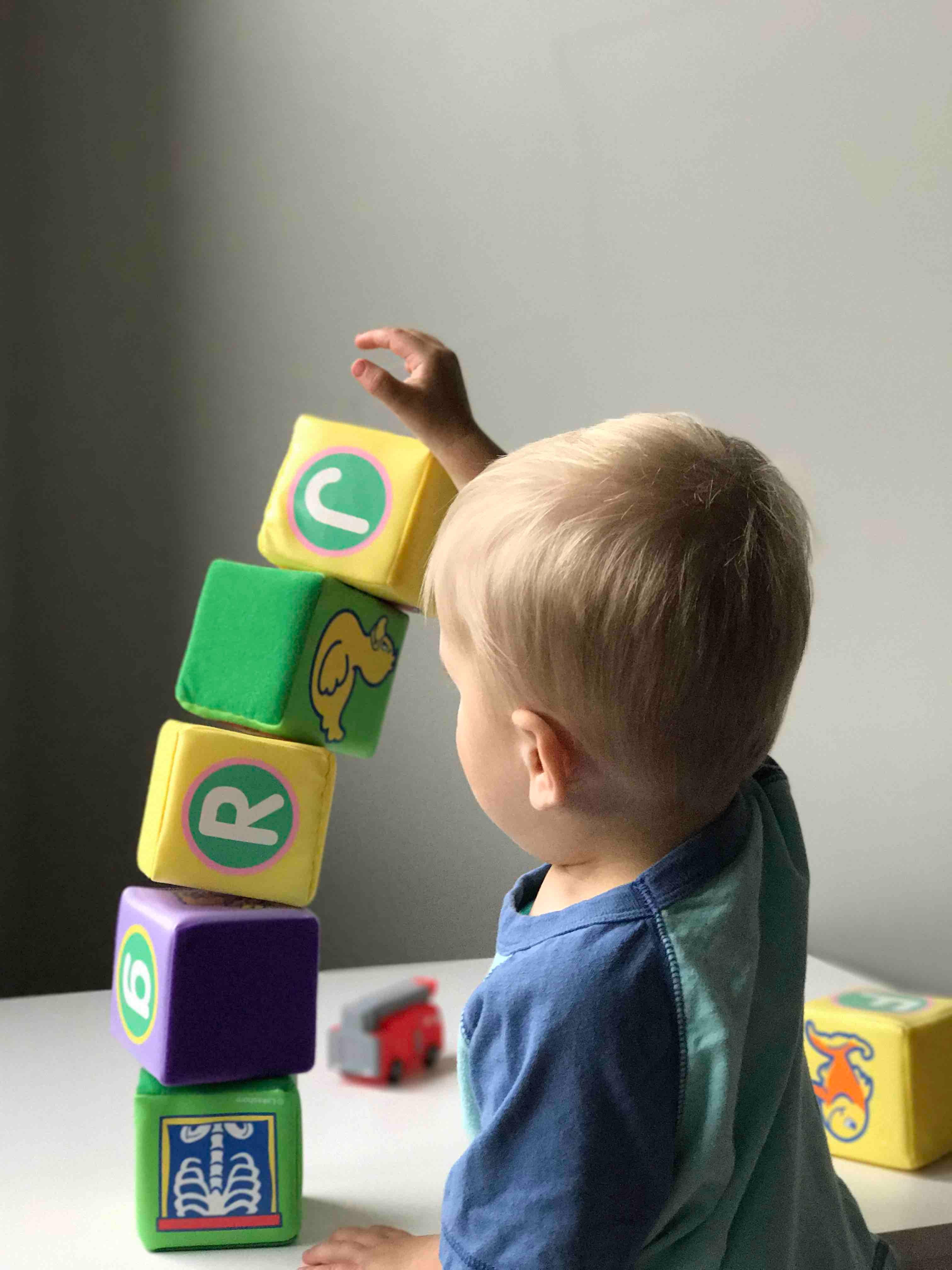 Comment Stimuler La Mémoire De Votre Enfant ? | La Maison Bleue avec Jeux De Memoire Enfant