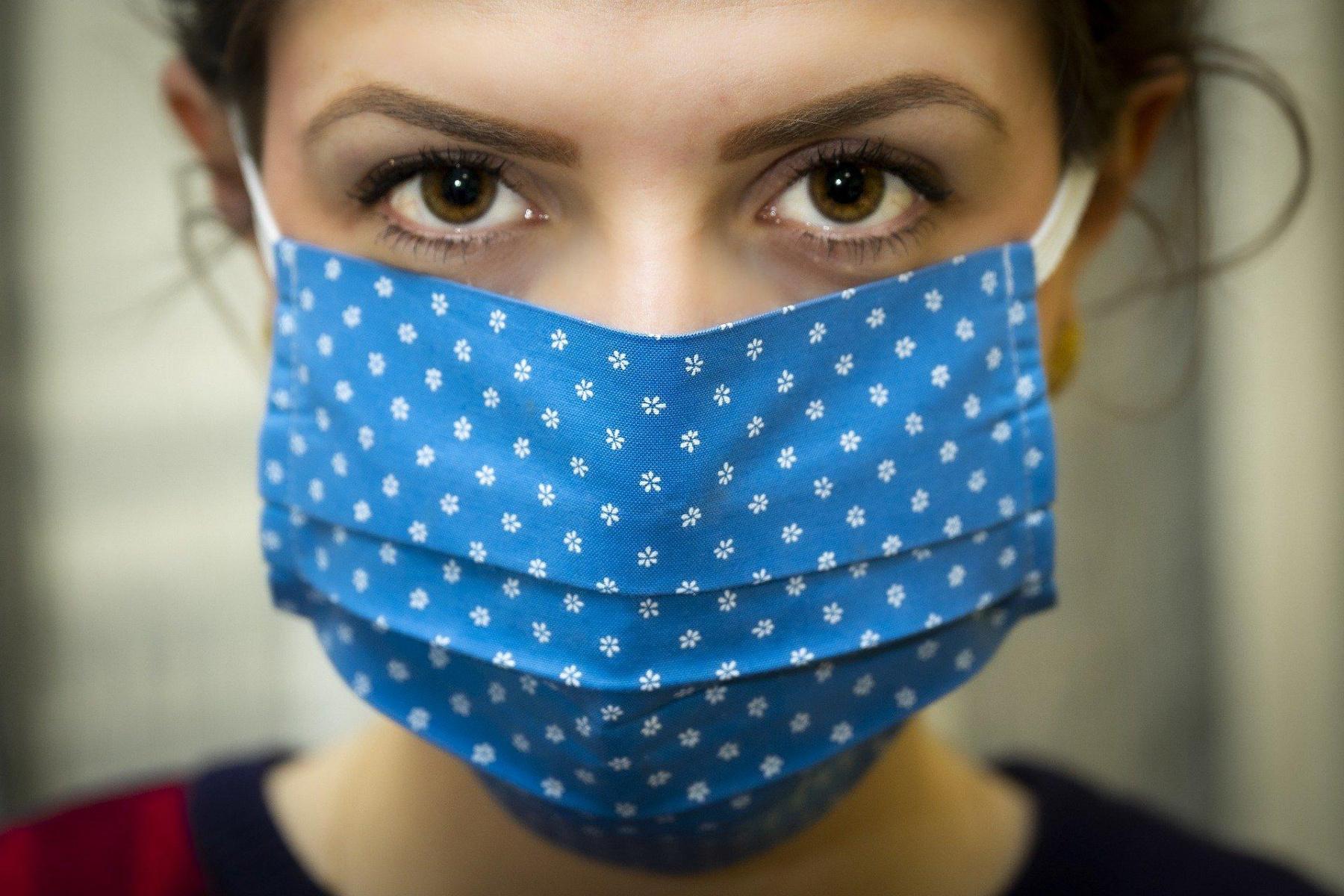 Coronavirus : Les Tutos Pour Fabriquer Son Masque En Tissu serapportantà Masque Canard À Imprimer