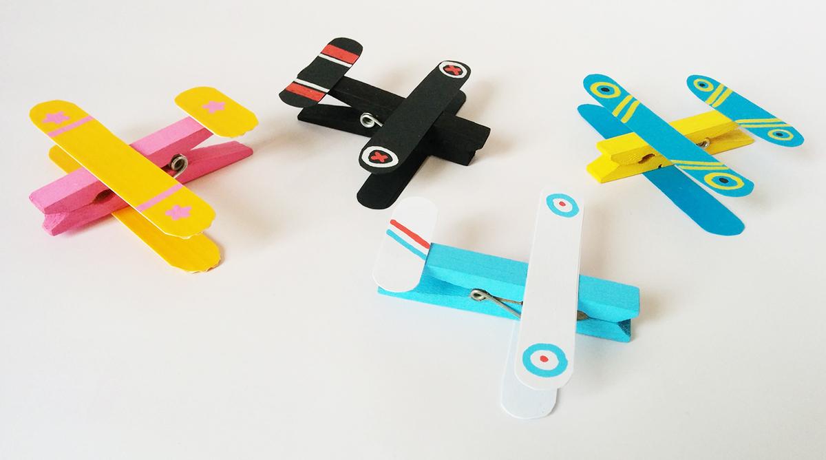 Des Avions Avec Des Pinces À Linge - Momes avec Bricolage Avec Baton De Bois