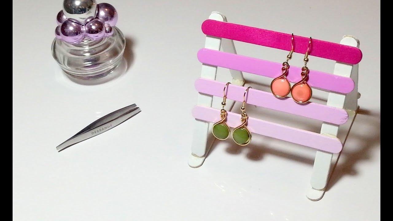 Diy Déco Porte Boucles D'oreilles/bijoux Avec Des Bâtons De Glaces/bois concernant Bricolage Avec Baton De Bois