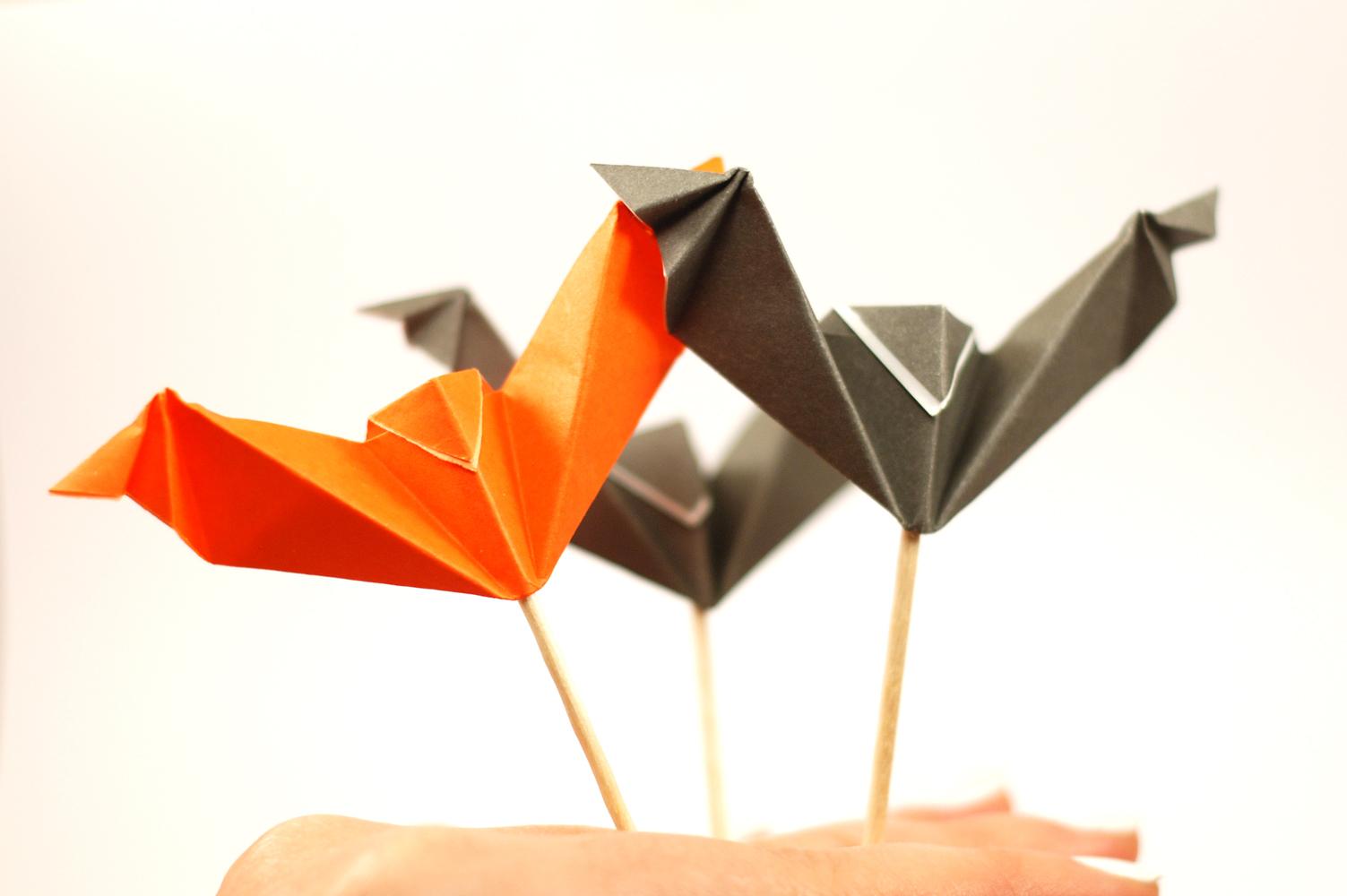 Diy Halloween – Le Pique Apero Et Sa Chauve-Souris Origami intérieur Origami Chauve Souris