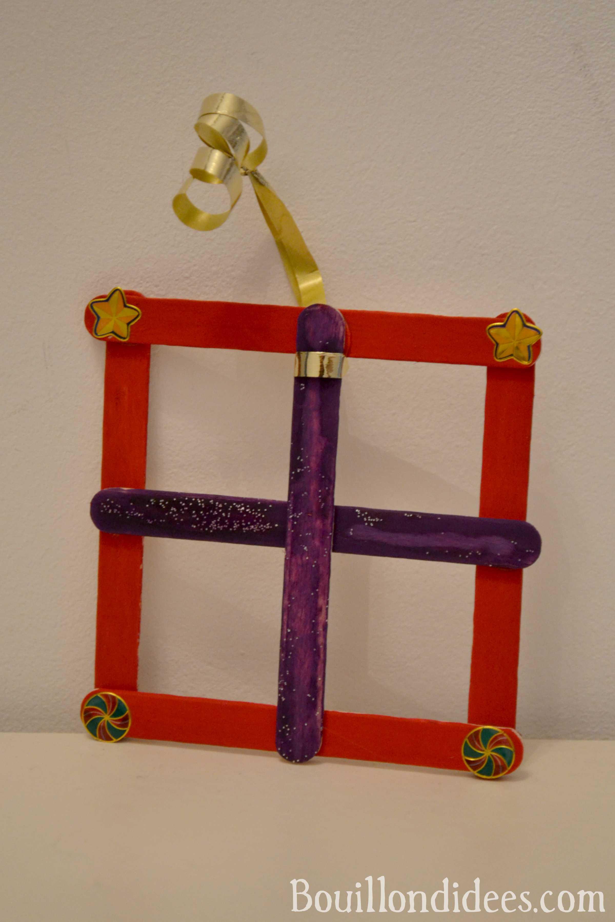 Diy Noël : Décorer Son Sapin Avec Des Bâtons De Glace à Bricolage Avec Baton De Bois