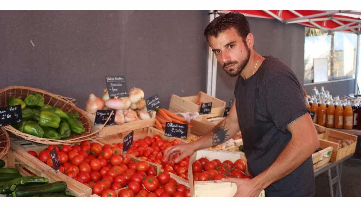 Economie | Avec Julien Chanson, Fruits Et Légumes De Saison destiné Chanson Sur Les Fruits Et Légumes
