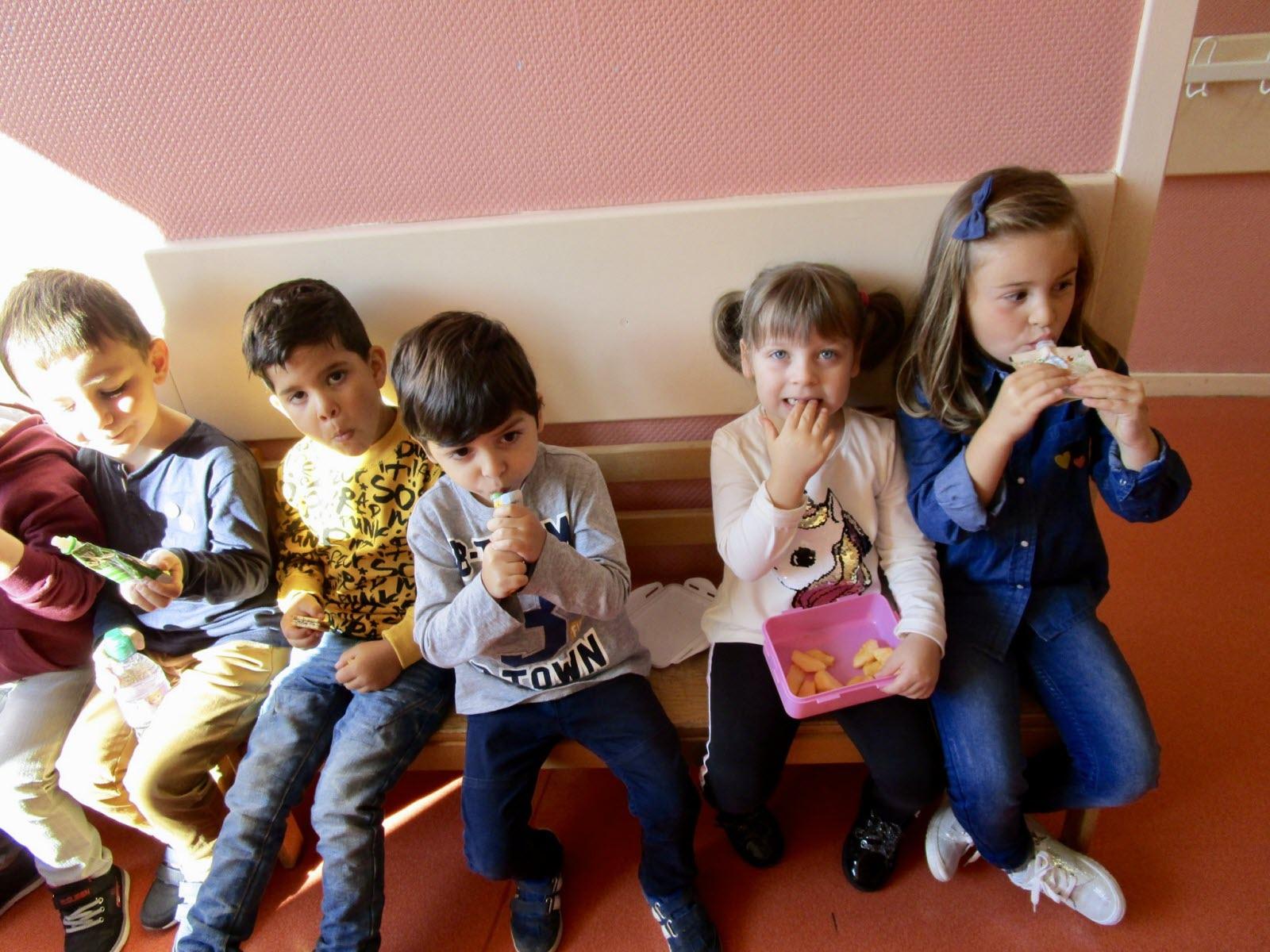 Edition Longwy   Photos. La Rentrée Des Écoliers À Thil Et dedans Rentrée En Grande Section