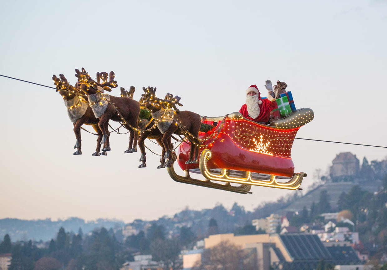 Et Si Le Père Noël Arrivait Autrement Qu'en Traîneau ? encequiconcerne Image Du Pere Noel Et Son Traineau