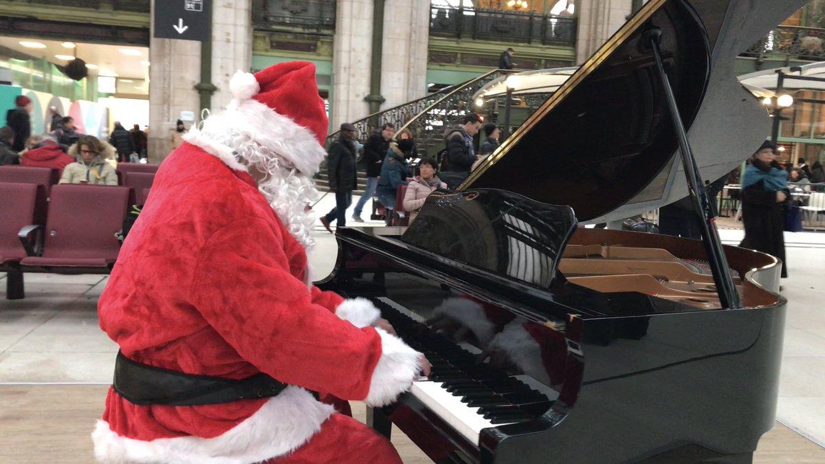 """Florent Garcimore On Twitter: """"découvrez Ma Vidéo Du Père serapportantà Petit Papa Noel Video"""