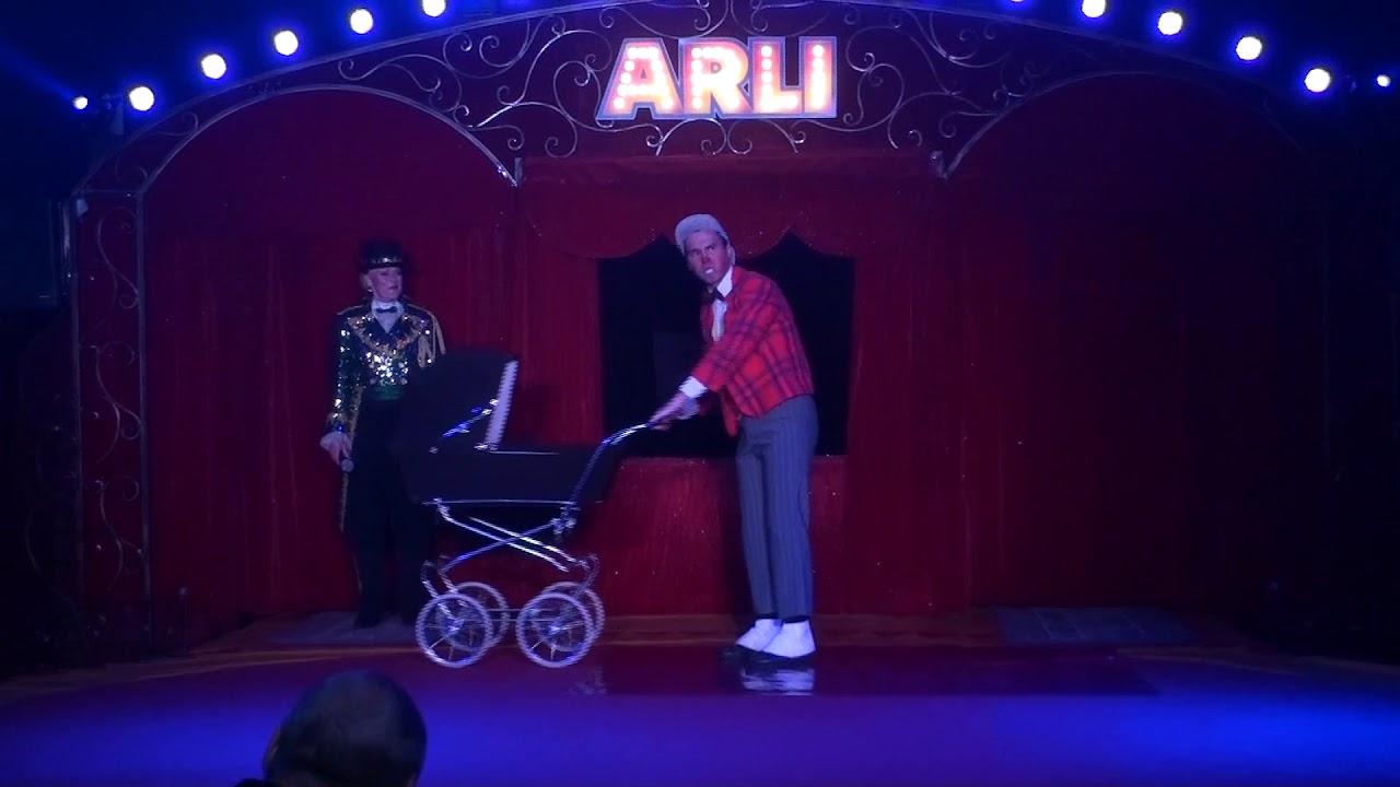 Fratellini Francesco Baby Clown - destiné Etoil Clown