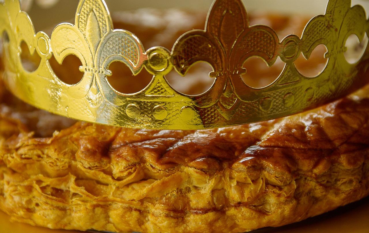 Galette Des Rois Krone Tafel - Kostenloses Foto Auf Pixabay serapportantà Image De Galette Des Rois