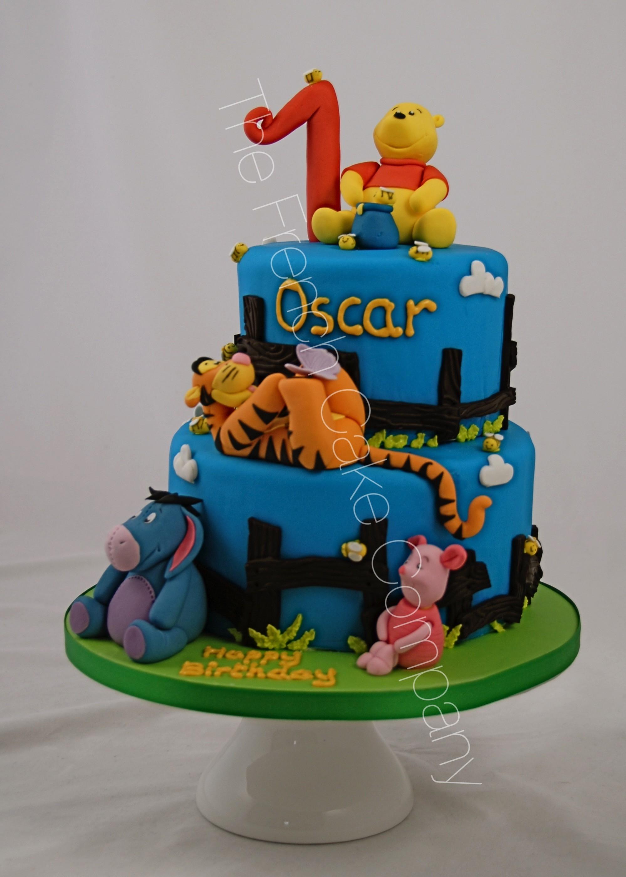 Gâteau Winnie Tigrou Bourriquet - The French Cake Company dedans Gateau Anniversaire Winnie L Ourson