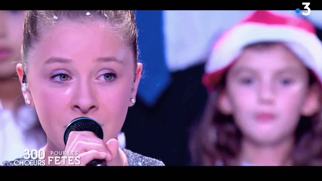 Gloria. Petit Papa Noel encequiconcerne Petit Papa Noel Video