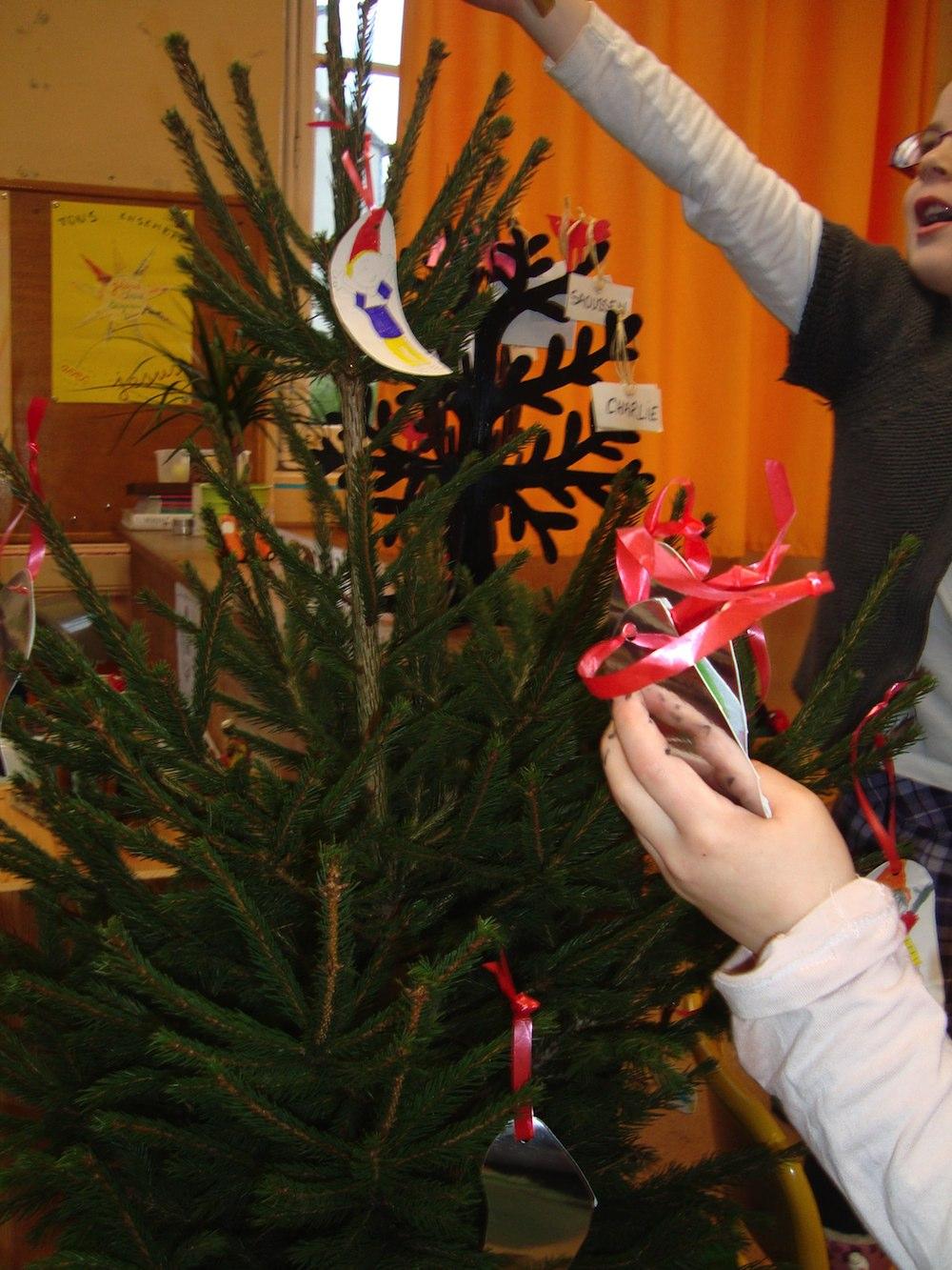 Grande Section - Cp - Mois De Décembre - Décoration De Noël encequiconcerne Bricolage Cp Noel