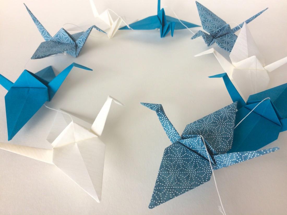 Guirlande De Grues En Origami Bleu Canard Et Blanc Sur Line tout Origami Canard