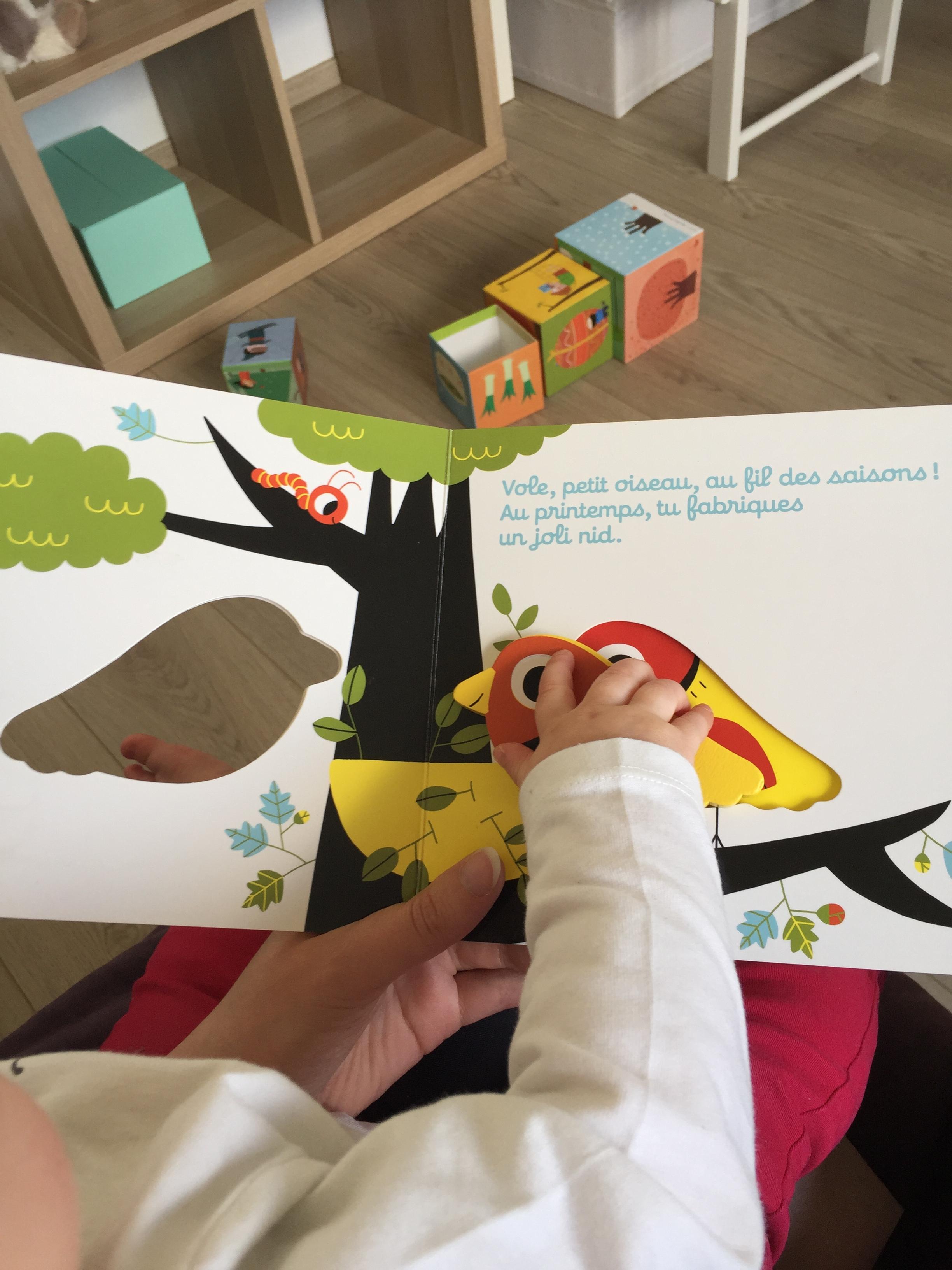 Je Lis … « Vole Petit Oiseau » – Au Pays Du Miel, Bébé S pour Vol Petit Oiseau