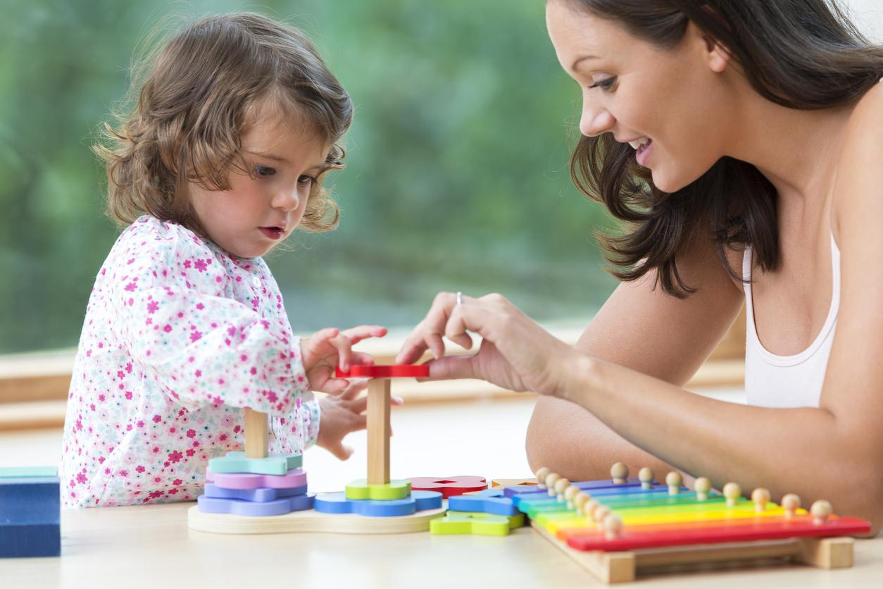 Jeux D'enfants Chez Les Assistantes Maternelles : L'exemple destiné Jeux Enfant Maternelle
