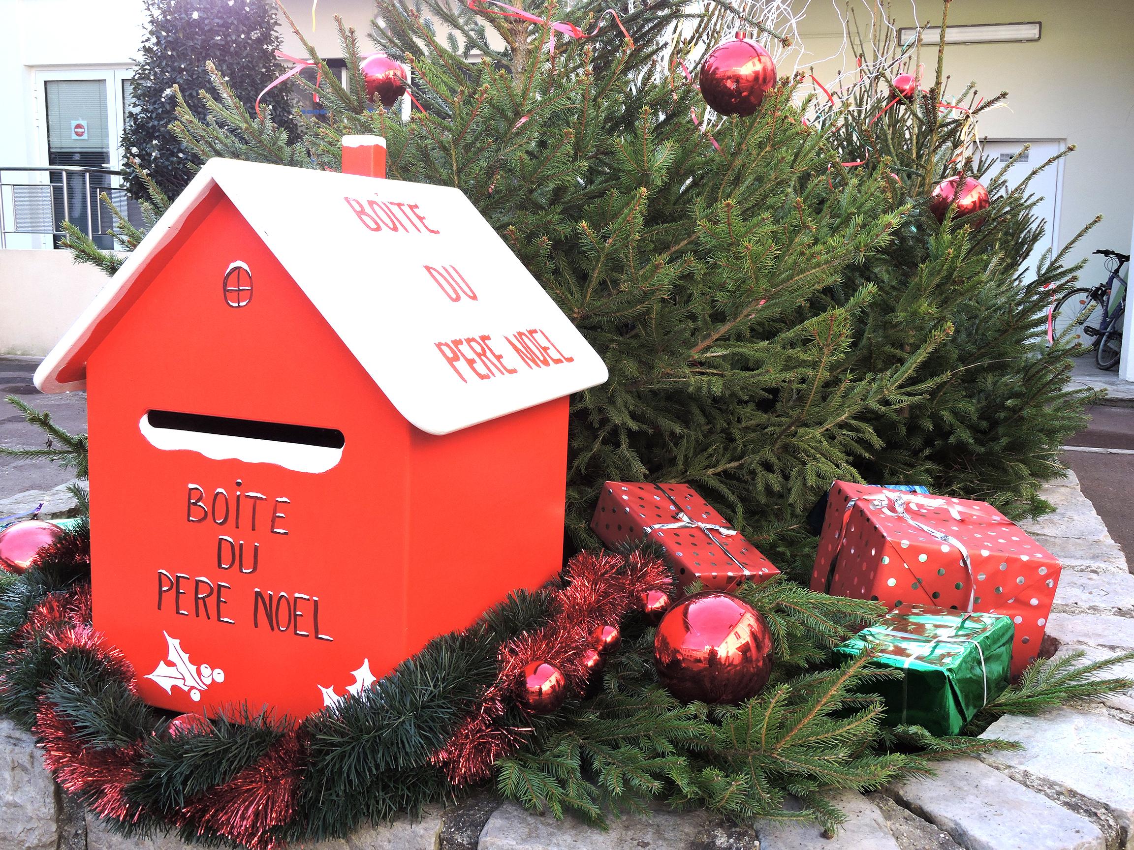 La Boîte Aux Lettres Du Père Noël | Mairie De Villeparisis 77 concernant Reponse Lettre Du Pere Noel A Imprimer