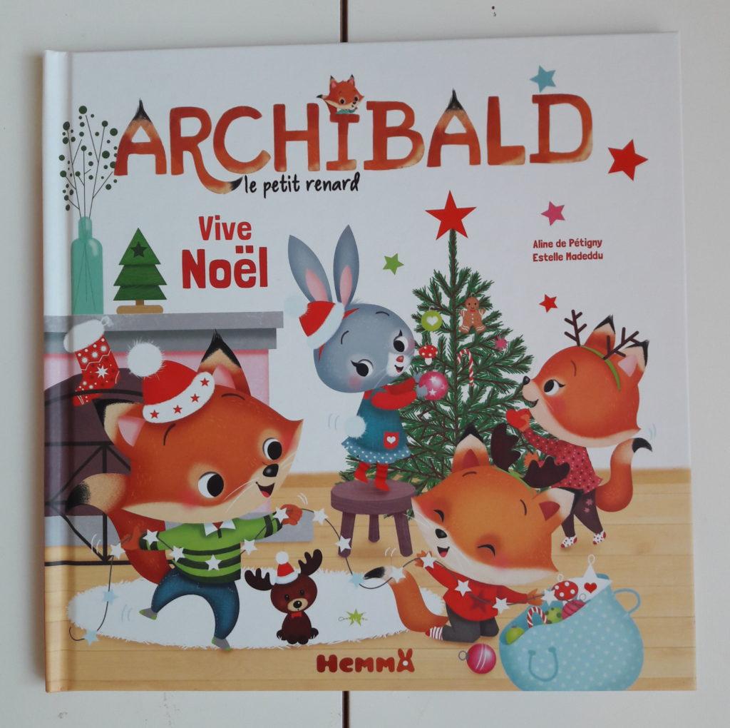 La Petite Vie D'aiyena serapportantà Caillou Fete Noel
