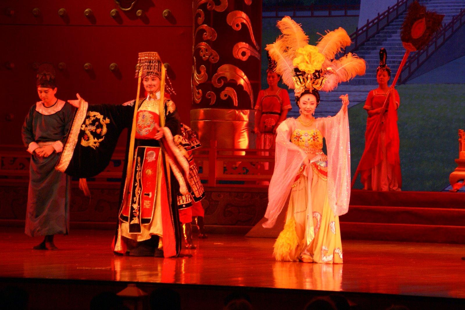 Le Spectacle De Chants Et De Danses Tang De Xian pour Spectacle Danse Chinoise