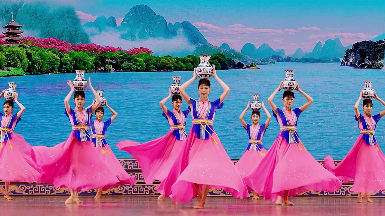 Le Théâtre Danois Annule Le Spectacle De Shen Yun, Sous La à Spectacle Danse Chinoise