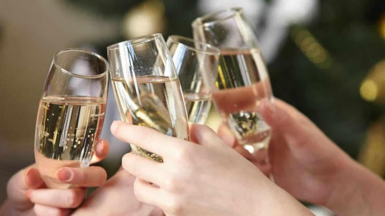 Les 5 Différences Entre Le Cava Et Le Champagne - Equinox avec Les 5 Differences