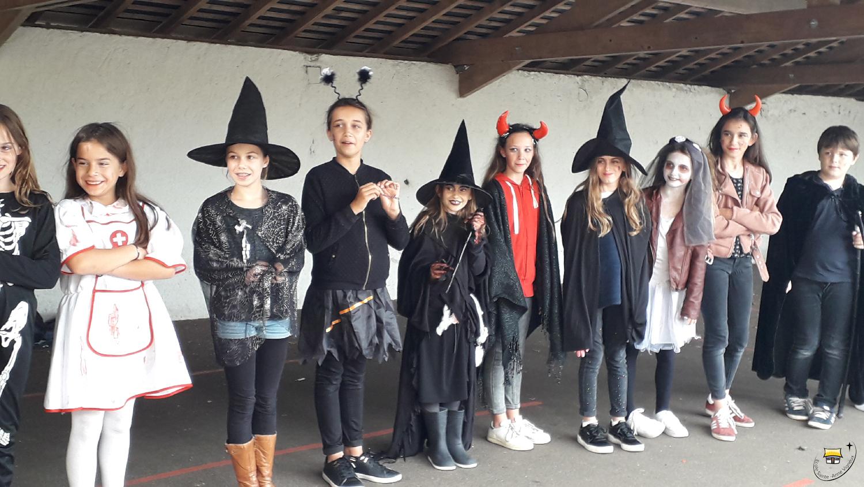 Les Élèves De Ce1/ce2 Et Cm2 Ont Fêté Halloween - Suivre L encequiconcerne Halloween Ce2