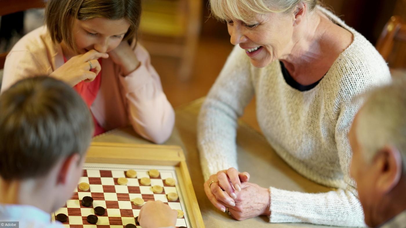 Les Meilleurs Jeux De Société Pour Jouer Avec Mes Petits-Enfants intérieur Jeux Pour Petit Enfant