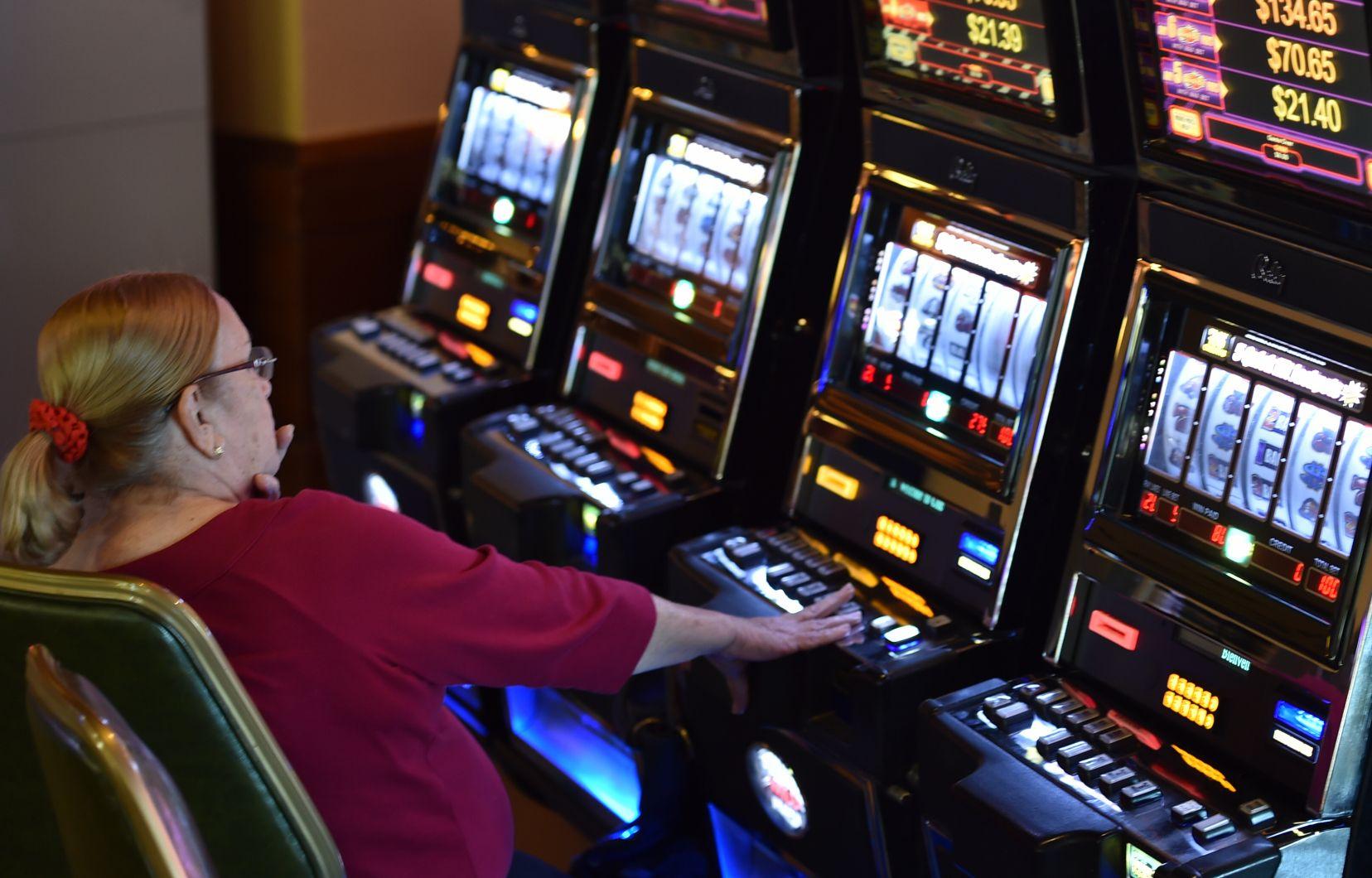 Loteries Vidéo: Loto-Québec A-T-Elle Perdu Son Pari?   Le Devoir serapportantà Loto Espace Jeux