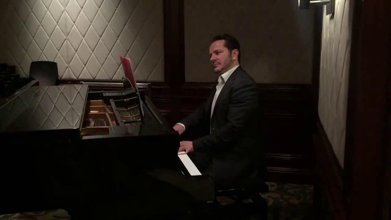 Montage Vidéo Kizoa: 15)Joyeux Noel. Chanson. Musique. Piano à Petit Papa Noel Video