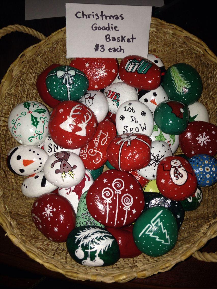 My Mini Christmas Rocks :)By Shaunicie Rock | Peintures destiné Caillou Fete Noel