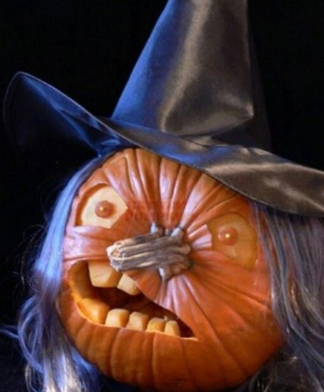 Ne Vous Contentez Pas De Creuser Des Triangles Dans Vos intérieur Photo De Citrouille D Halloween