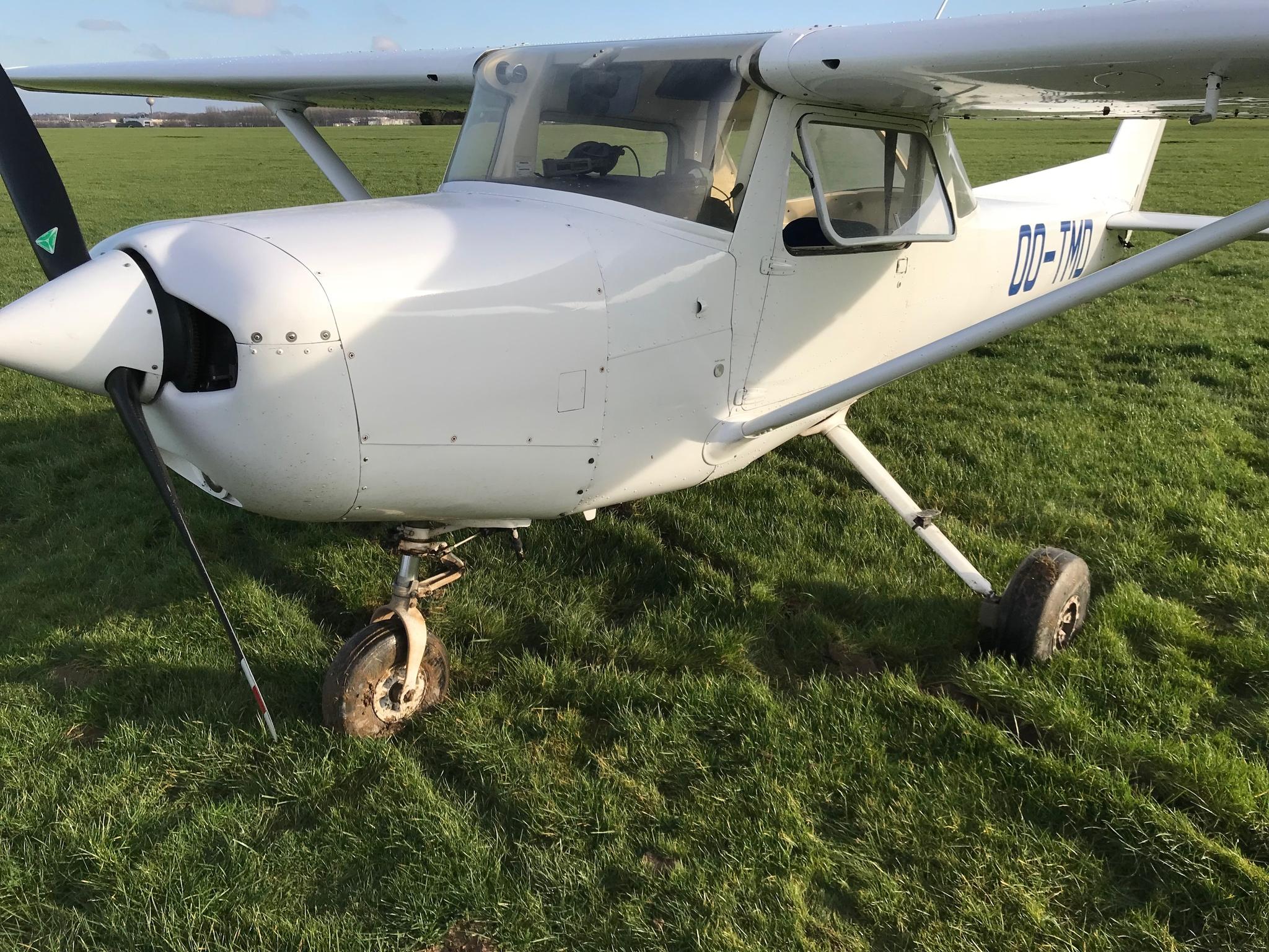 Piste Boueuse À Namur - Cessna, Oui ! serapportantà Avion De Oui Oui