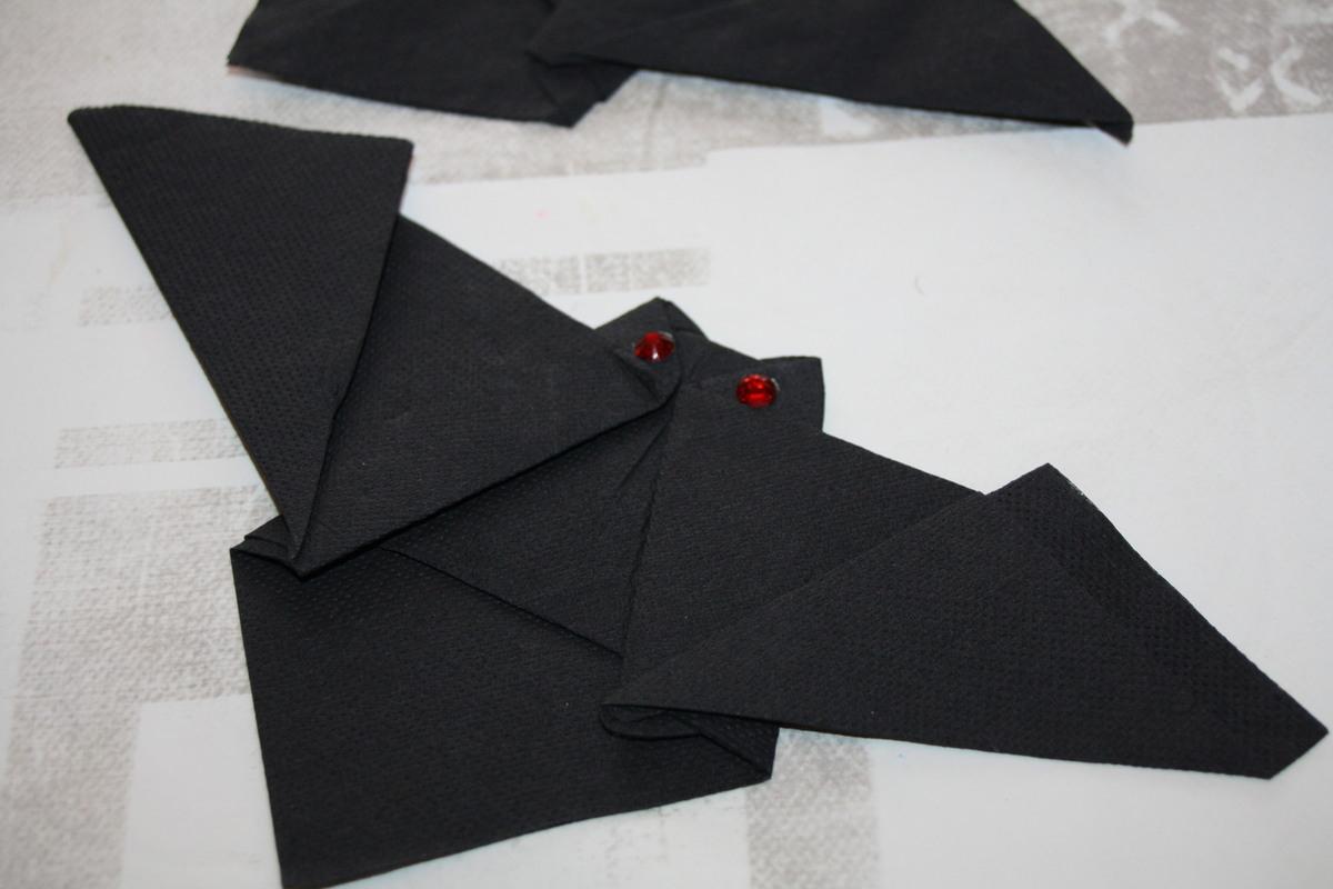 Pliage De Serviette En Forme De Chauve Souris pour Origami Chauve Souris
