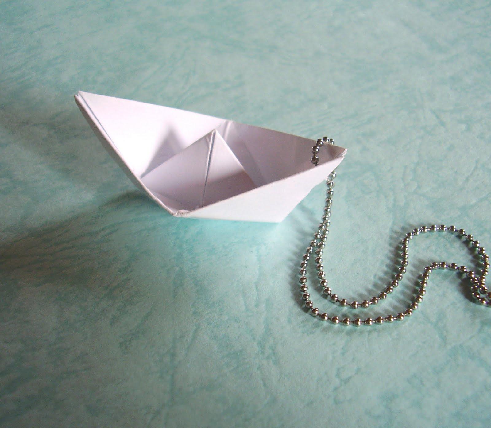 Poom Poom Pitou: Petit Bateau Papier dedans Origami Petit Bateau