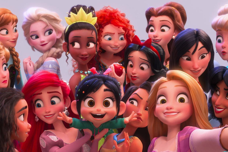 Ralph 2.0 : Princesses, Star Wars Le Point Sur Les Références encequiconcerne Coloriage Ralph La Casse