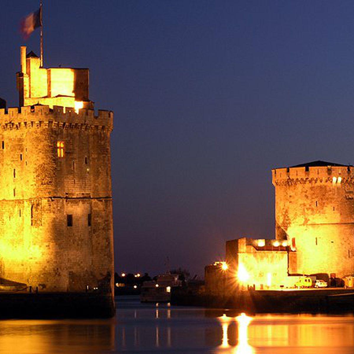 Reconstitution D'un Meurtre À La Rochelle Dans Lequel Trois dedans On Va Sortir La Rochelle