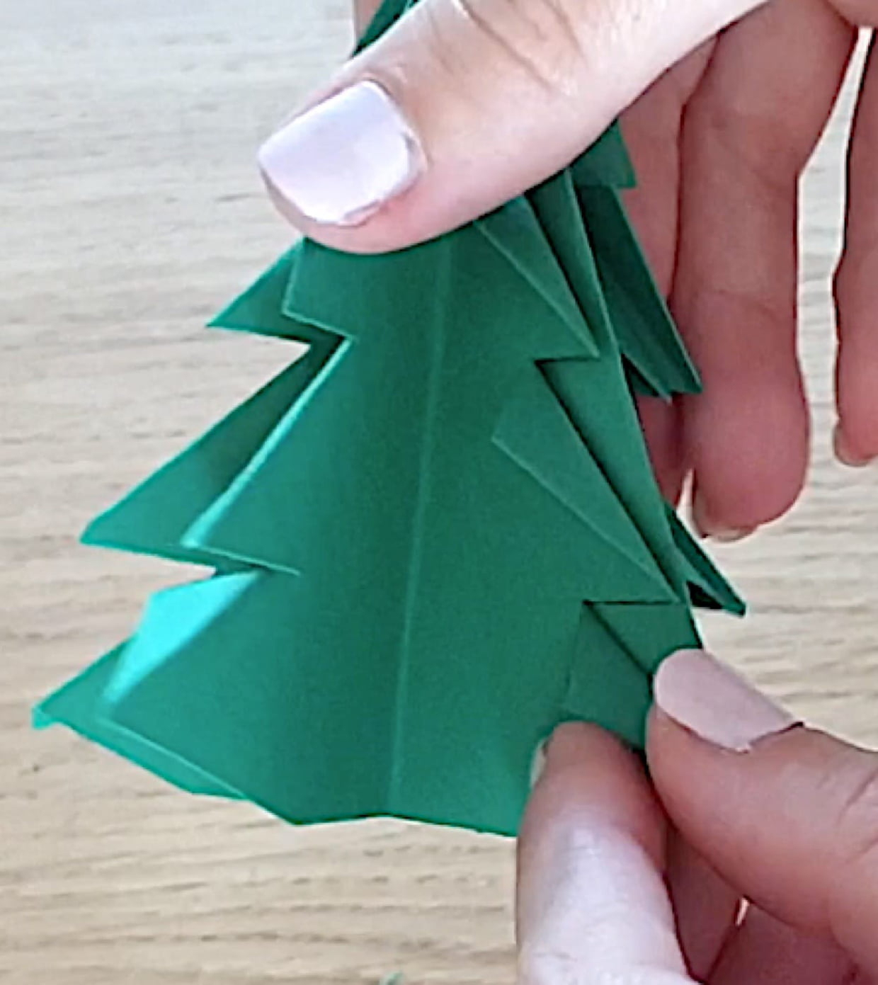 Sapin De Noël En Origami, Pliage Papier [Video] à Origami Sapin De Noel