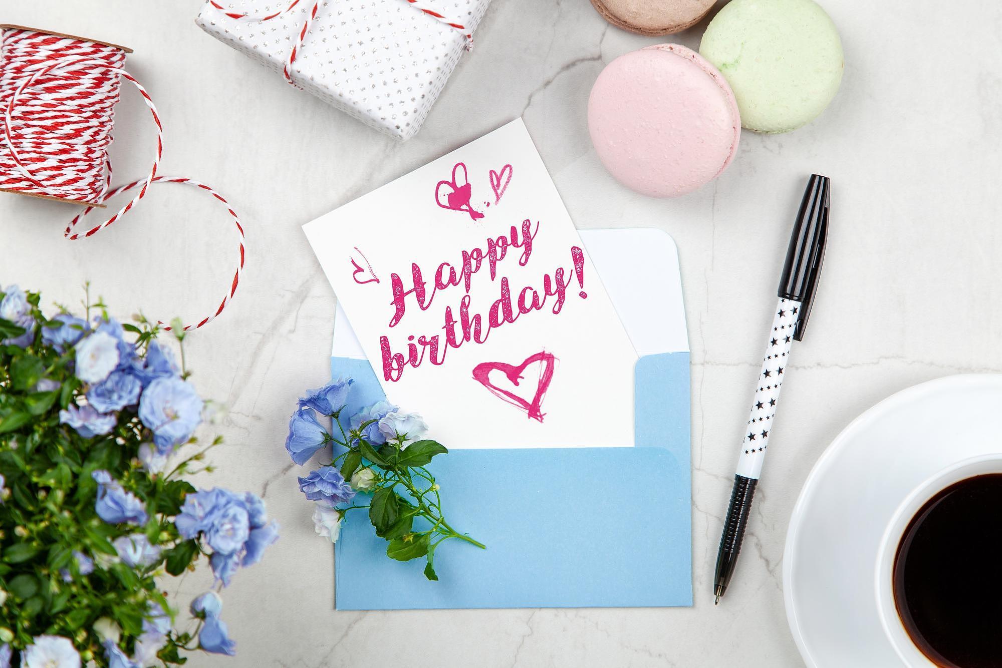 Textes Et Messages D'anniversaire - Cmonanniversaire tout Comment Souhaiter Un Joyeux Anniversaire En Anglais