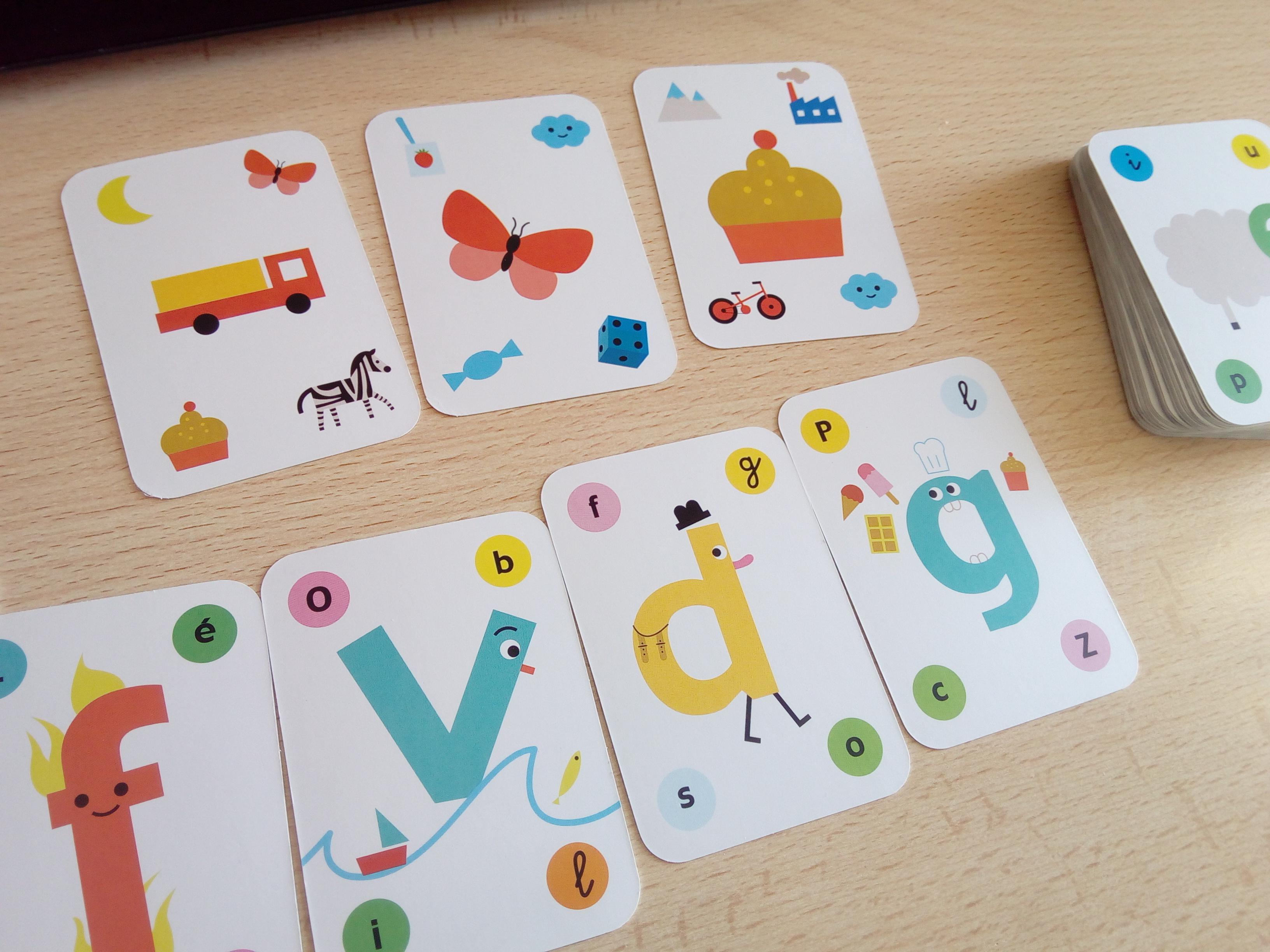 Un Coffret Pour Jouer Et Apprendre À Lire (Cartes Et Livret encequiconcerne Jeux De Lettres Enfants