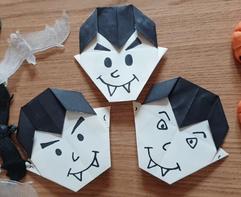 Vampire En Origami Pour Halloween, Pliage Papier [Video] serapportantà Origami Facile A Faire En Français
