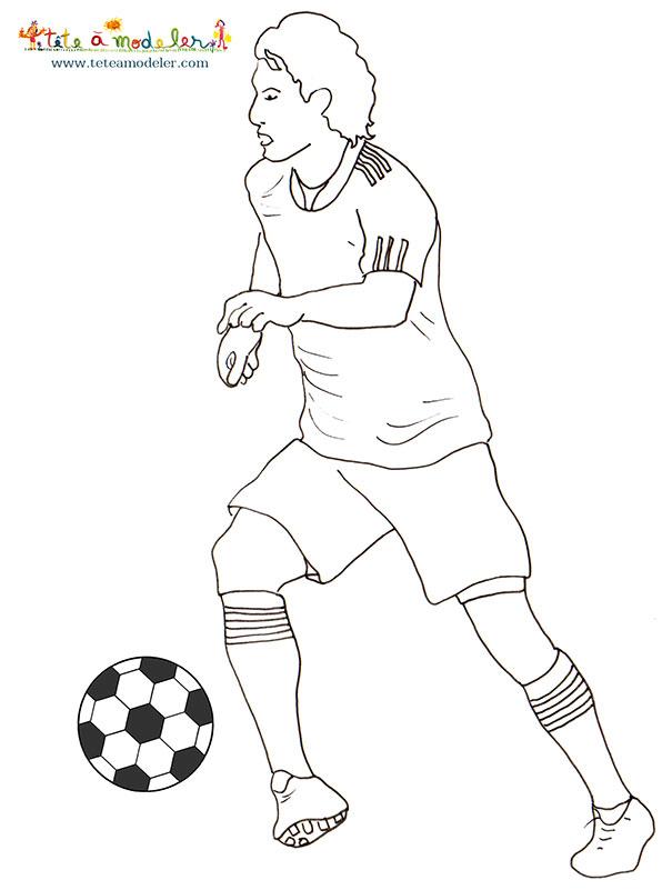 Coloriage Joueur De Foot | My Blog pour Dessin De Foot A Imprimer