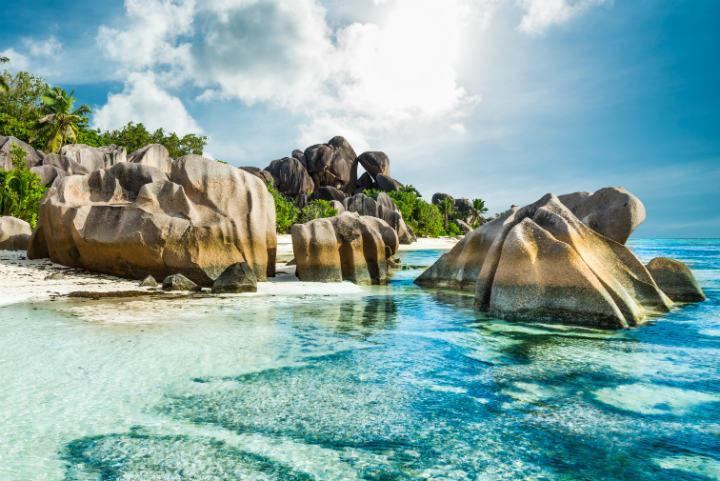 5 Îles Paradisiaques Pour Des Vacances De Rêve | Go dedans Dessin D Ile Paradisiaque