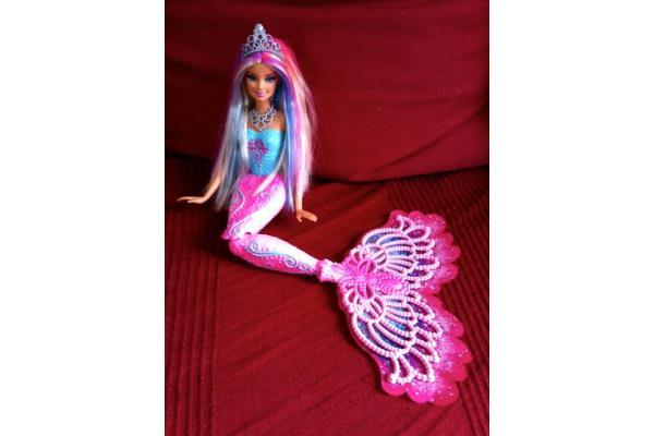 Barbie Sirène, Un Océan De Couleurs - Conseils D'Experts Fnac concernant Barbie Sirene A La Plage