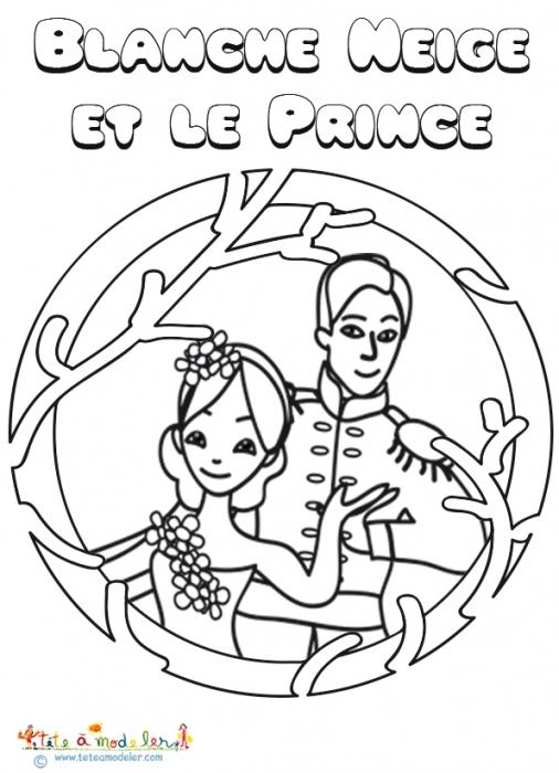 Blanche Neige Et Le Prince À Colorier Sur Tête À Modeler pour Coloriage Blanche Neige A Imprimer Gratuit